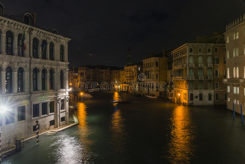 Groot Kanaal in Venetië bij nacht royalty-vrije stock fotografie