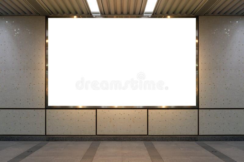 Groot leeg aanplakbord op een straatmuur, banners met ruimte om toe te voegen stock afbeeldingen