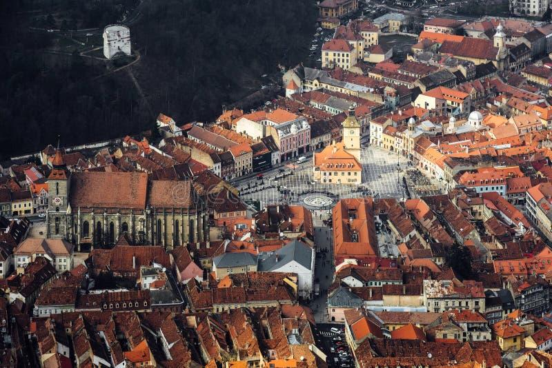 Groot satellietbeeld aan de oude stad van Brasov royalty-vrije stock fotografie