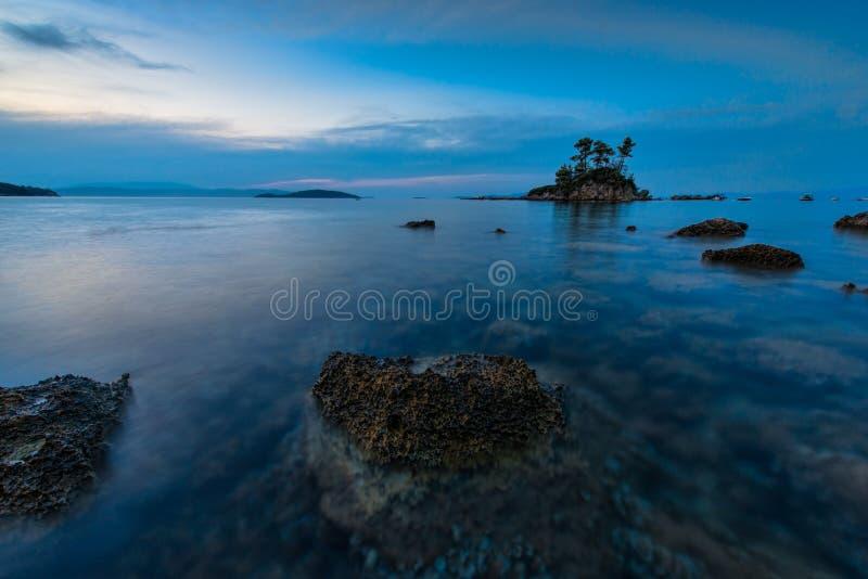 Groot strand op het Griekse Eiland Evvoia royalty-vrije stock afbeeldingen