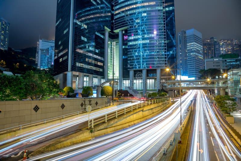 Groot Verkeer in de moderne stad stock foto's