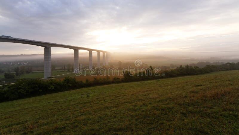 Groot wegviaduct (Hongarije) stock foto