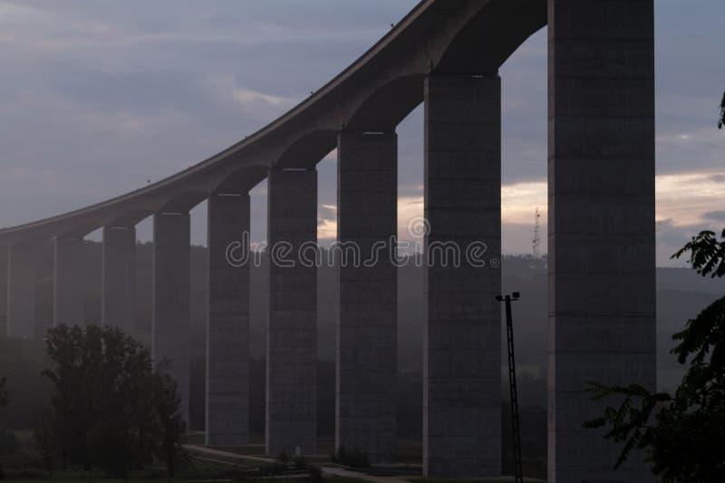 Groot wegviaduct (Hongarije) royalty-vrije stock afbeeldingen