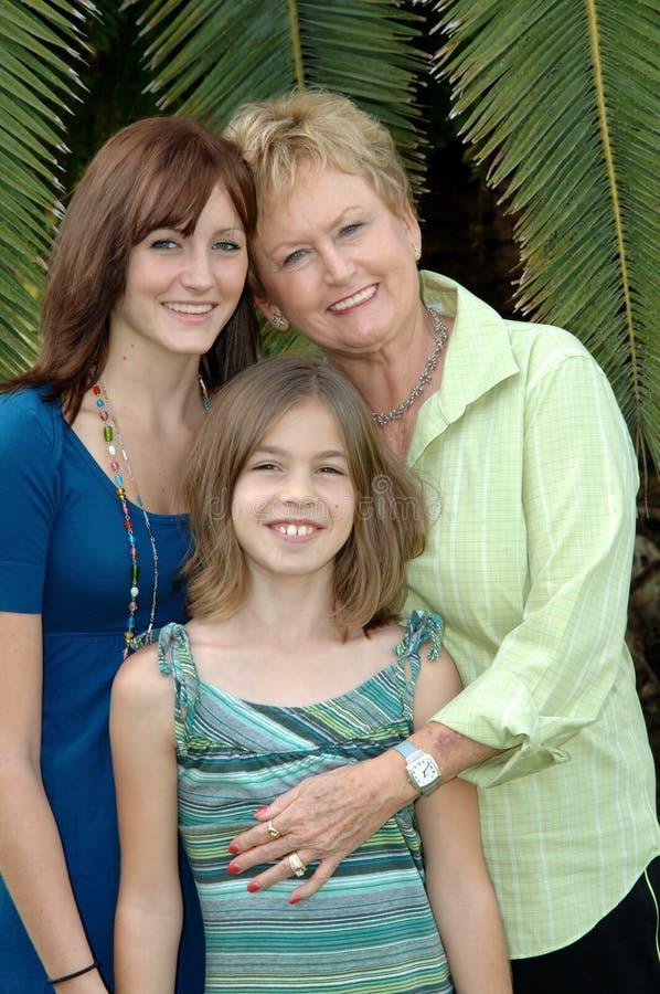 Grootmoeder en Grandaughters stock afbeelding