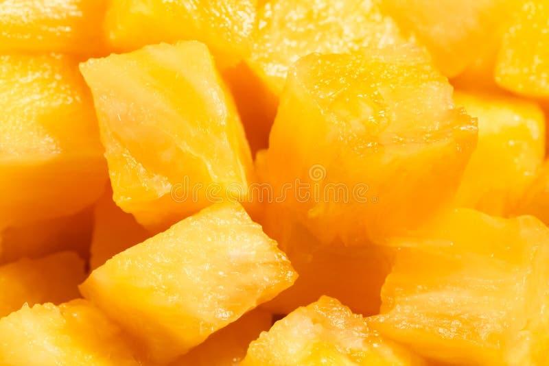 Gros morceaux d'ananas photographie stock libre de droits