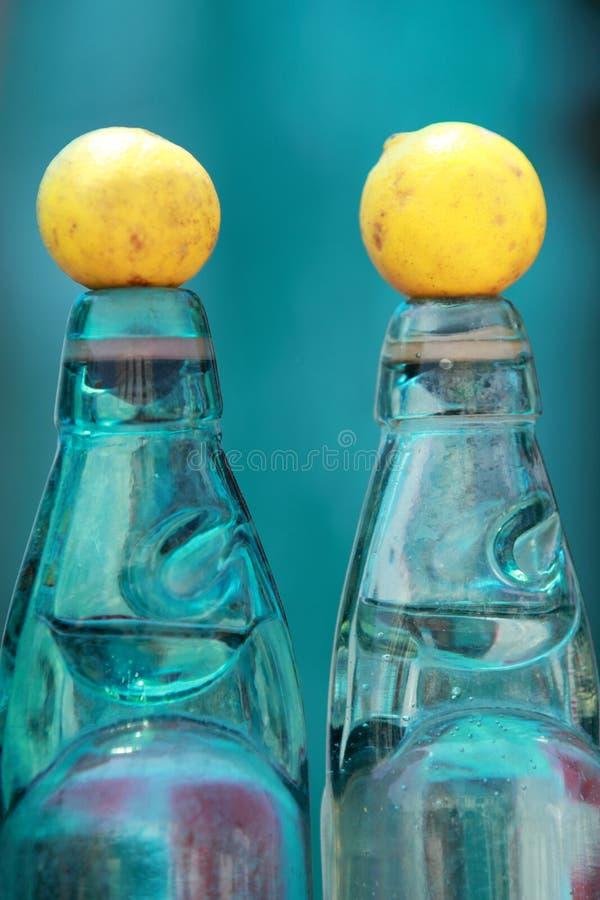 Grosse image de bouteilles de soda indiennes à l'ancienne image stock