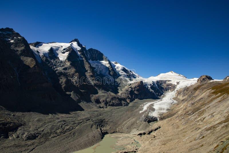 Grossglockner, berg in de Alpen van Oostenrijk royalty-vrije stock afbeelding