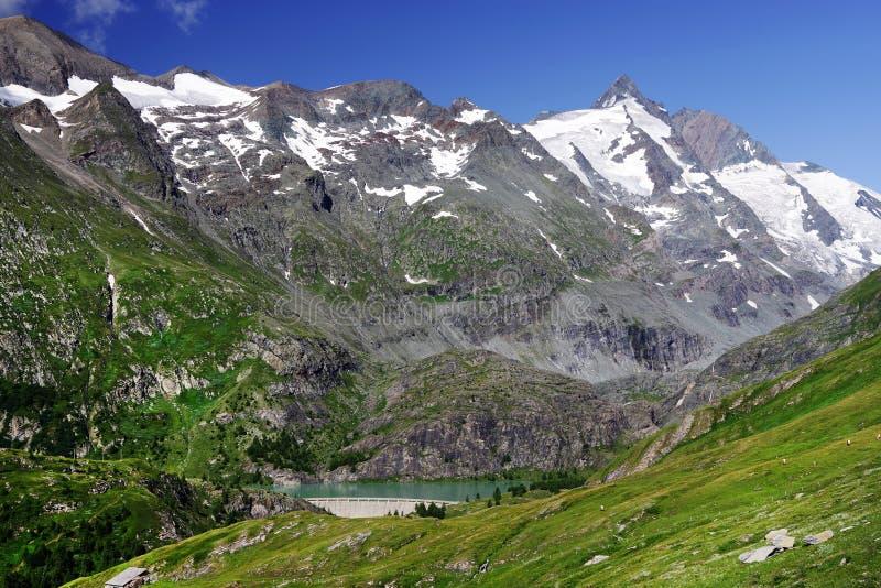 Grossglockner-Berg-und Margaritzen-Reservoir lizenzfreie stockbilder