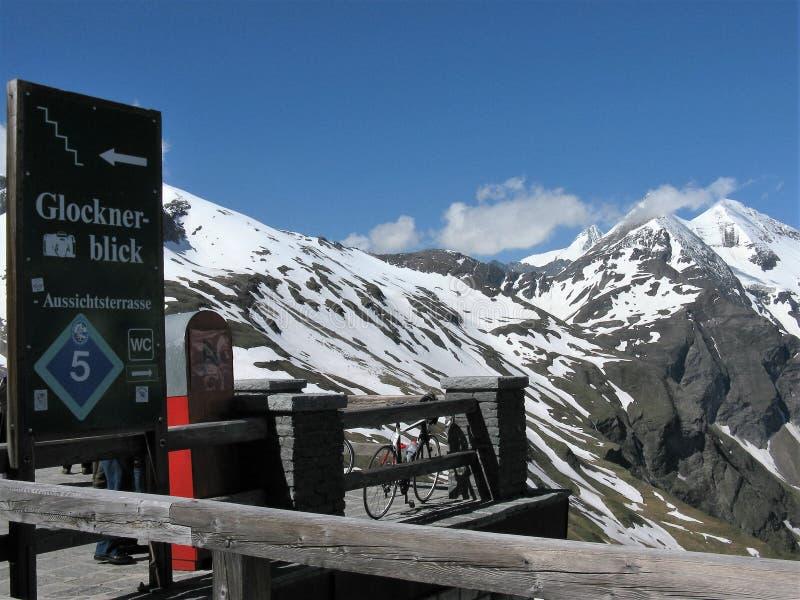 Grossglockner, a montanha a mais alta em Áustria junto com a geleira de Pasterze foto de stock royalty free