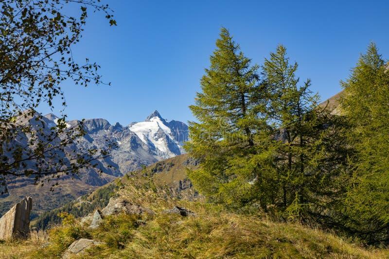 Grossglockner, montanha nos cumes de Áustria fotografia de stock royalty free