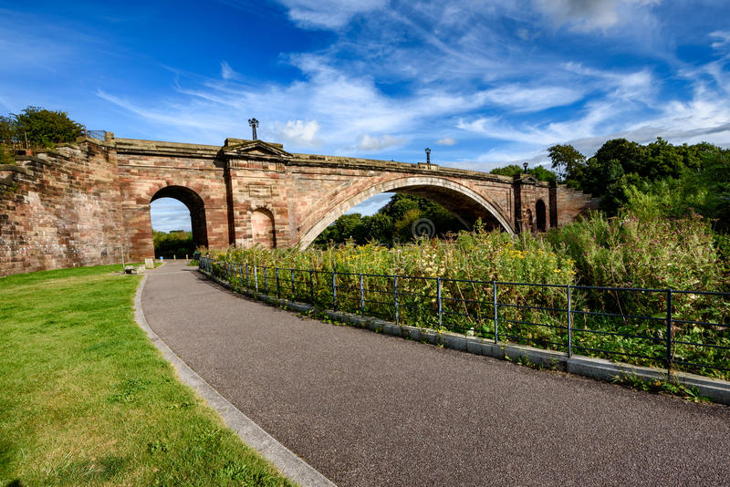 Grosvenor桥梁彻斯特英国 免版税库存照片