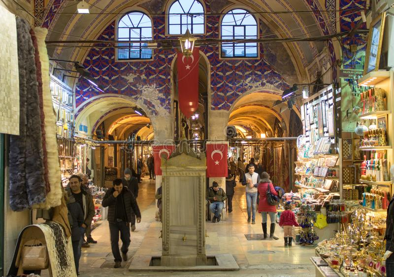 Grote Bazar van Istanboel in Turkije stock afbeeldingen