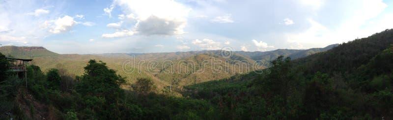Grote berg in Thailand royalty-vrije stock fotografie