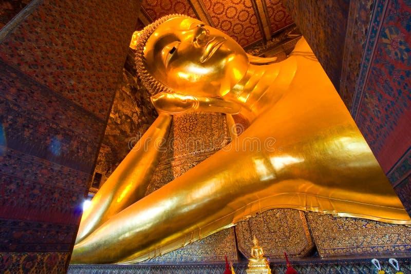 Grote Boedha van Wat Pho stock foto's
