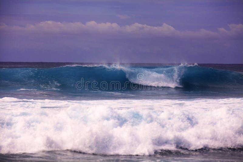 Grote branding op de kust van Hawaï royalty-vrije stock fotografie