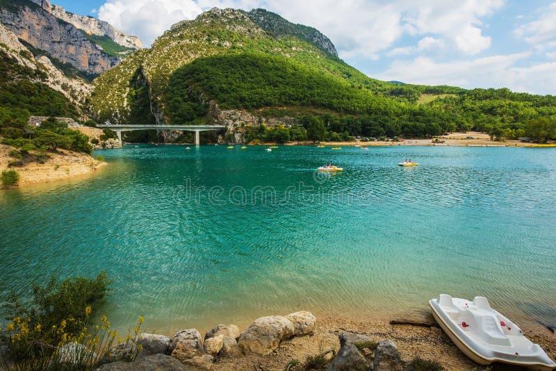 Grote brug over rivier Verdon in de Provence royalty-vrije stock foto