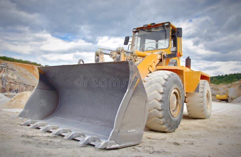 Grote bulldozer royalty-vrije stock afbeeldingen