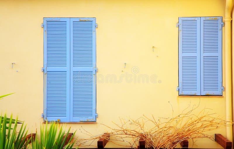 Grote en kleine blinden stock afbeelding