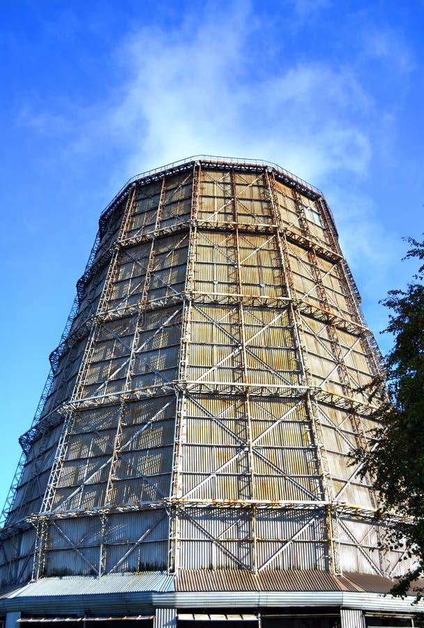 Grote fabrieksschoorsteen van lei royalty-vrije stock foto