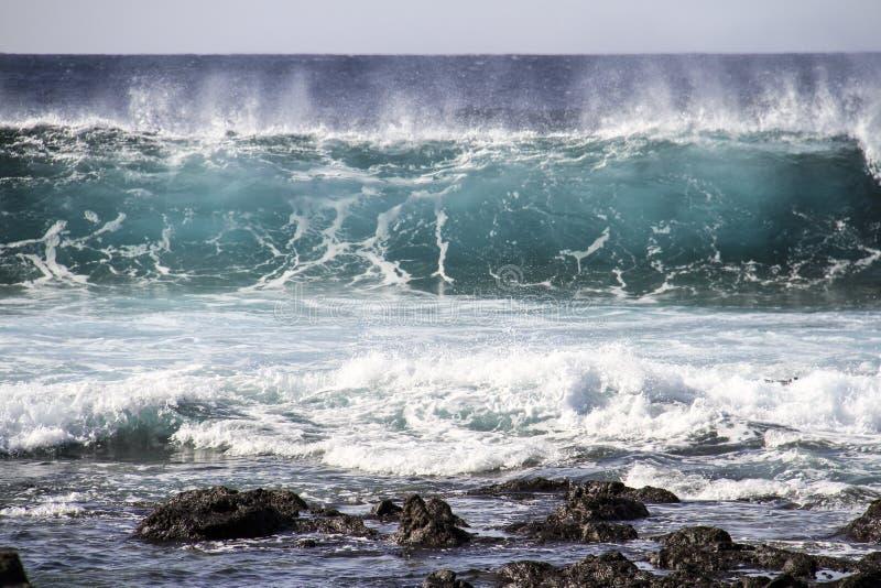 Grote Golf in de Oceaan stock afbeeldingen