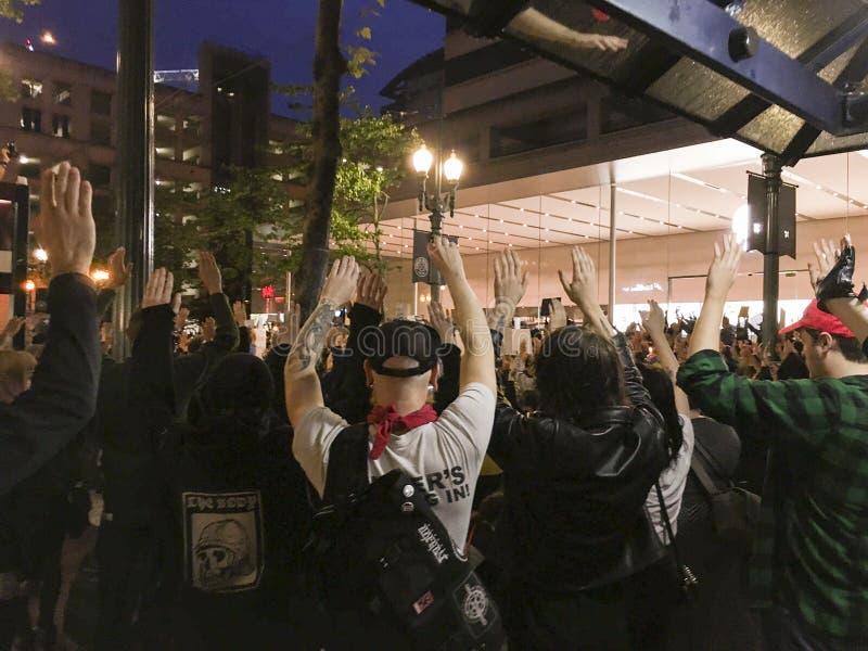 Grote groep de Zwarte protesteerders van de het Levenskwestie royalty-vrije stock fotografie