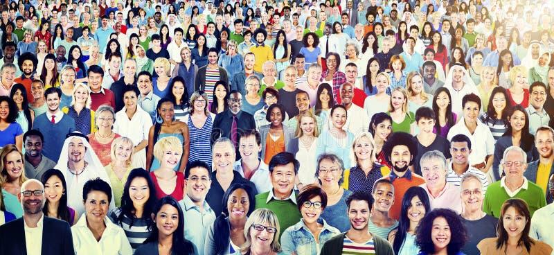 Grote Groep Divers Multi-etnisch Vrolijk Mensenconcept stock foto