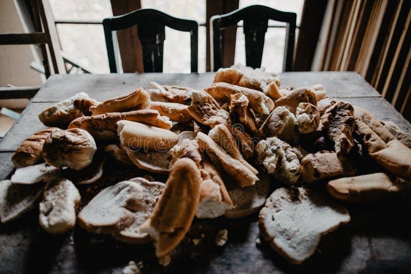 Grote hoop van oude gebakjes royalty-vrije stock foto's