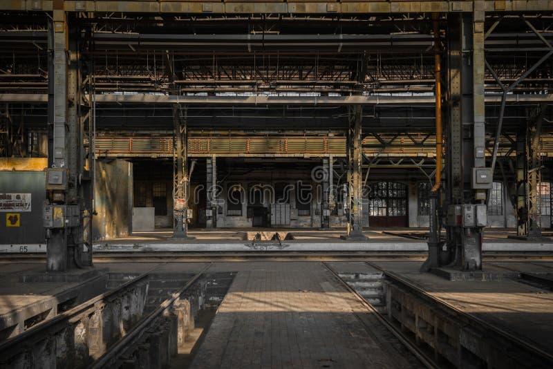 Grote industriële zaal van een reparatiepost royalty-vrije stock foto's