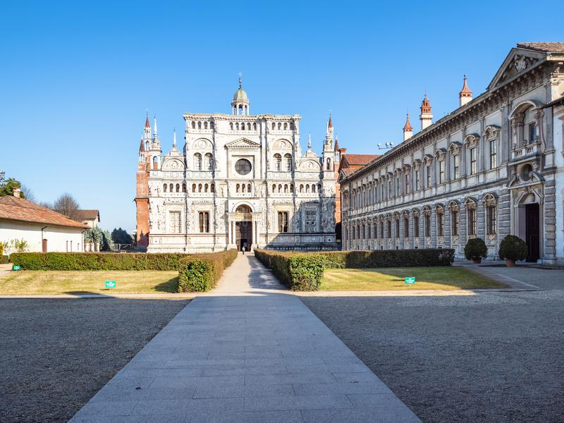 grote klooster en kerk van Certosa-Di Pavia stock fotografie