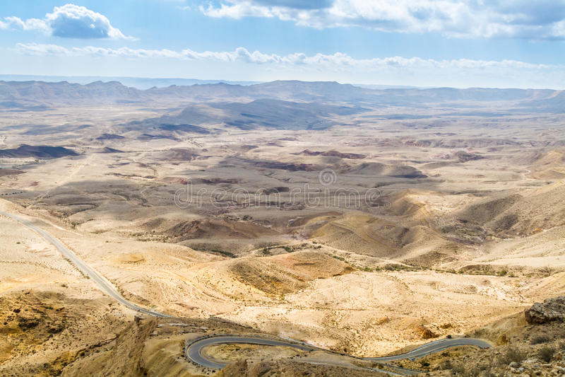 Grote Krater, Negev-woestijn stock foto