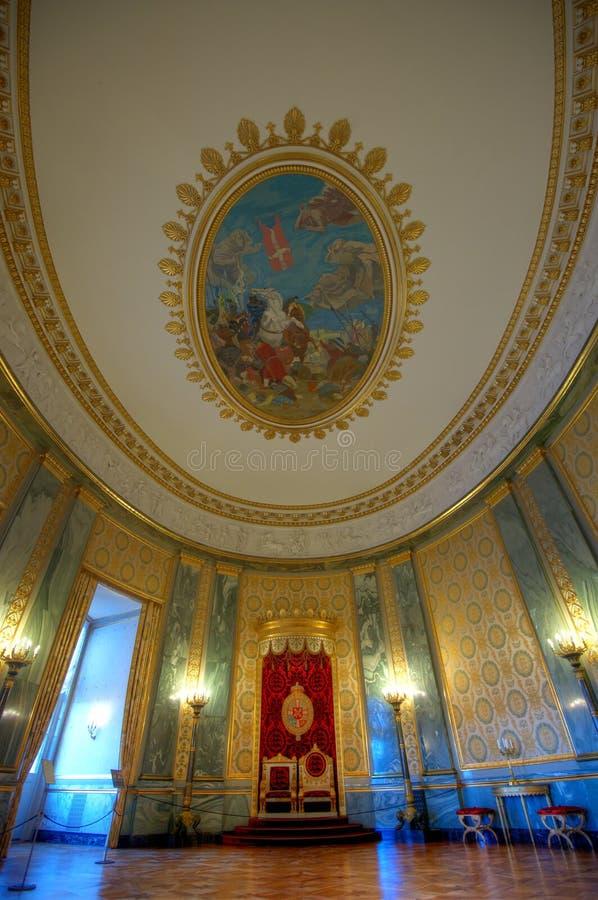 Grote luxueuze ruimte en decoratie royalty-vrije stock afbeelding