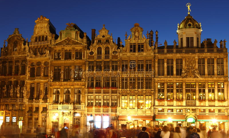 Grote Markt. In Brussel at twillight with wonderful illumination stock images
