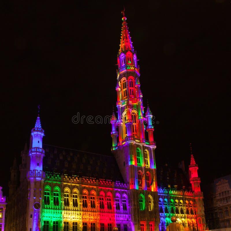 Grote Markt - den huvudsakliga fyrkanten och stadshuset av Bryssel arkivbilder