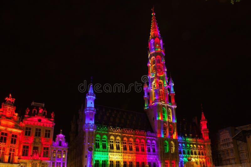 Grote Markt - den huvudsakliga fyrkanten och stadshuset av Bryssel arkivfoto
