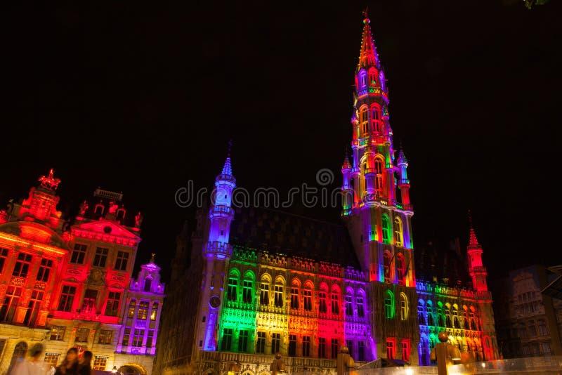 Grote Markt - den huvudsakliga fyrkanten och stadshuset av Bryssel royaltyfri fotografi