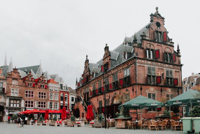 Grote Markt o quadrado principal de Nijmegen, os Países Baixos foto de stock royalty free