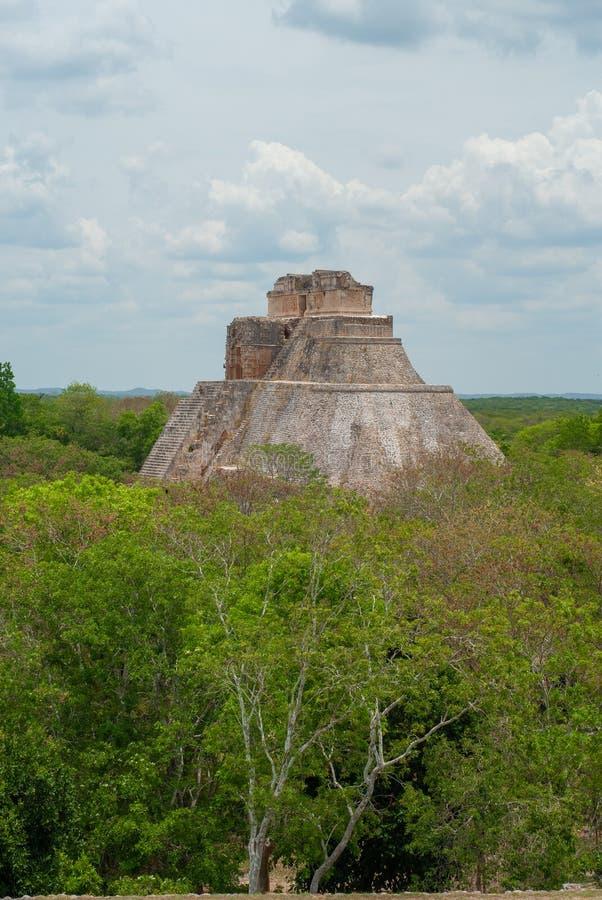 Grote Mayan piramide, op het archeologische gebied van Uxma royalty-vrije stock afbeeldingen