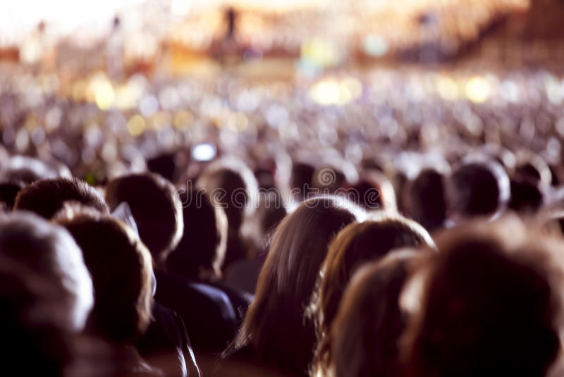 Grote menigte van mensen stock afbeelding