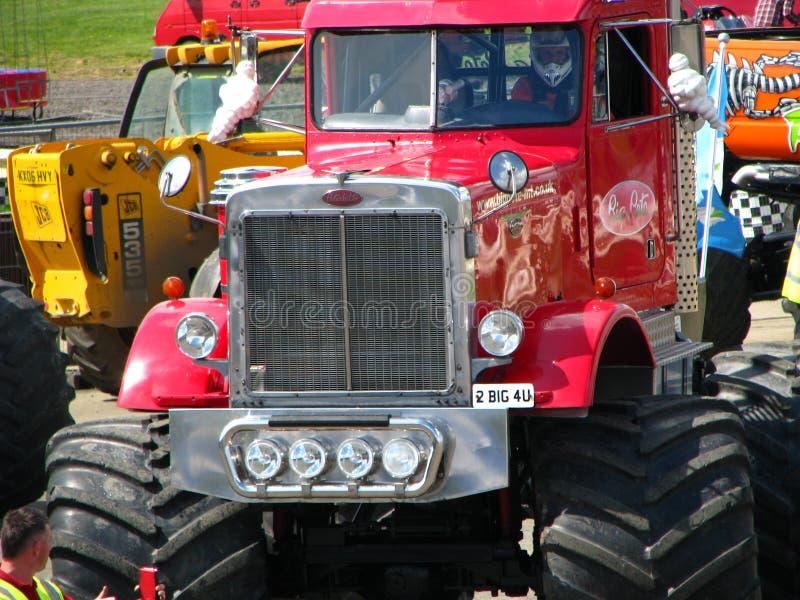 Grote Pete Monster Truck royalty-vrije stock foto's
