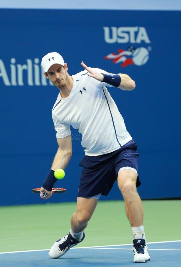 Grote Slagkampioen Andy Murray van Groot-Brittannië in actie tijdens US Open 2016 ronde gelijke 3 royalty-vrije stock foto's