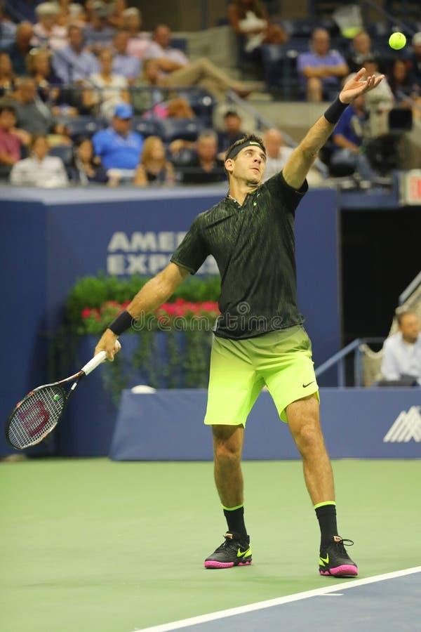 Grote Slagkampioen Juan Martin Del Porto van Argentinië in actie tijdens zijn US Open 2016 ronde gelijke 2 royalty-vrije stock afbeelding