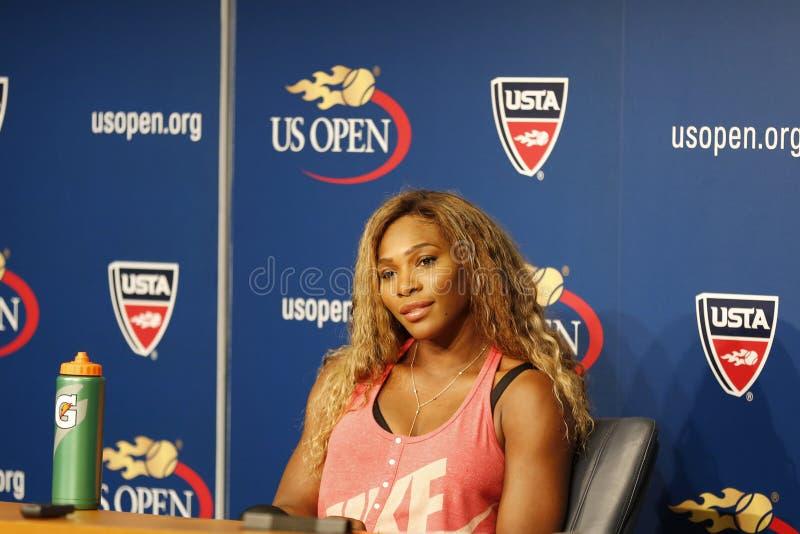 Grote Slagkampioen Serena Williams tijdens US Open 2014 persconferentie in Billie Jean King National Tennis Center stock afbeelding