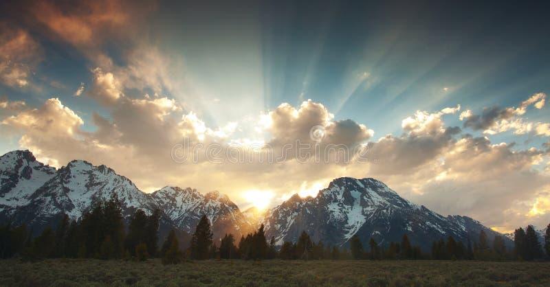 Grote Zonsondergang Tetons stock foto
