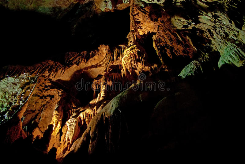 grotta arkivfoton