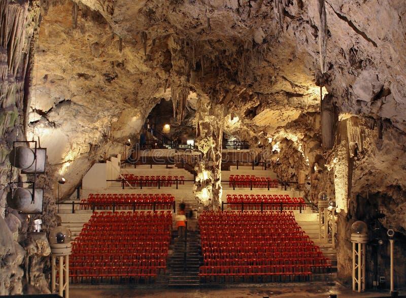 grotta gibraltar royaltyfri bild