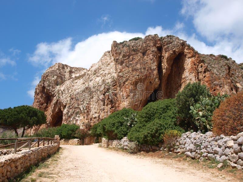 Grotta Mangiapane, Sicilien, Italien arkivfoton