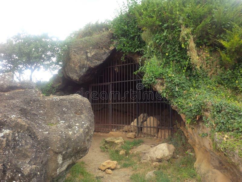 Grotta på kullen i Cluj-Napoca royaltyfri foto