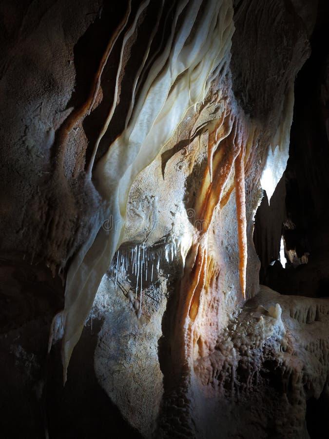 Grottabildande - Jenolan grottor royaltyfri bild