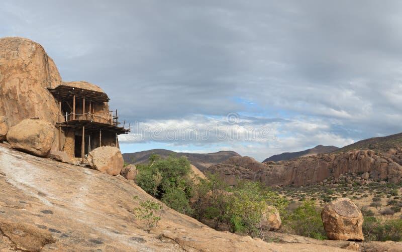 Grottaboning, Namibia royaltyfria foton