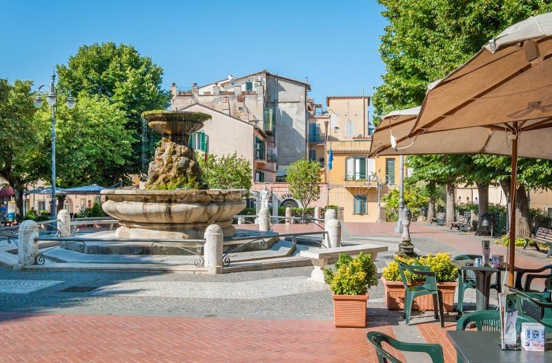 Grottaferrata i en solig sommardag, landskap av Rome, Latium, centrala Italien royaltyfria bilder
